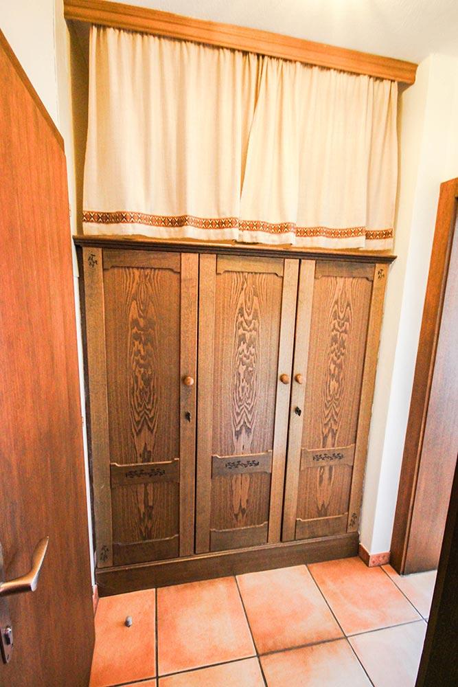 Das Zimmer 2 im Gästehaus Huss - Der Vorraum